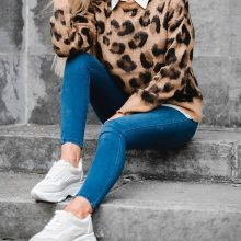 Women's Knitted Leopard Patterned Pullover (PID1537)